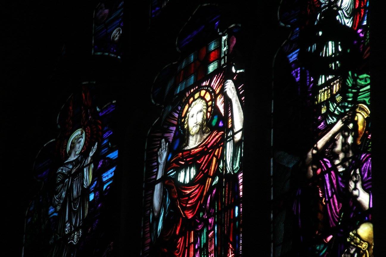 window-surrexit-christus