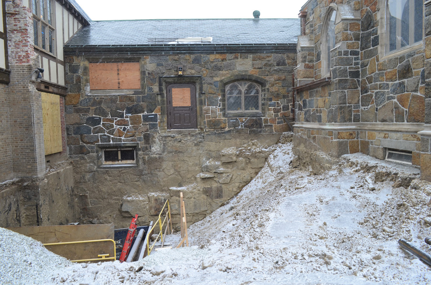 2014-04 Excavation-for-addition