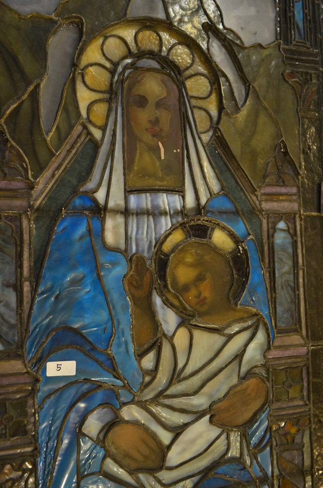06 Detail-Mother-and-Blessing-Child-prerestoration-reflected-light